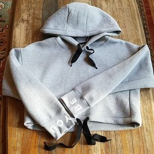 NWOT Bershka cropped sweatshirt